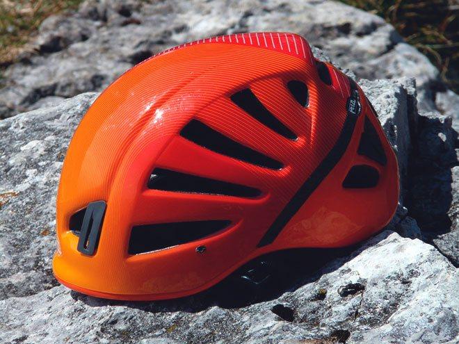 Альпинистская каска – базовая страховка